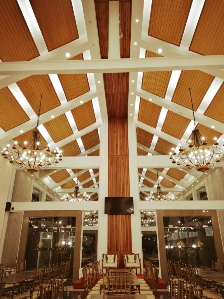 Casa Bella Events Place - High ceiling